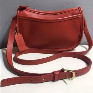 Vintage coach red leather crossbody shoulder bag